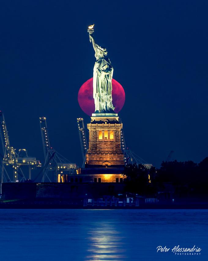 Full Moon Statue of Liberty