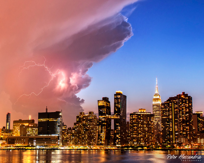 Lightning Empire State New York